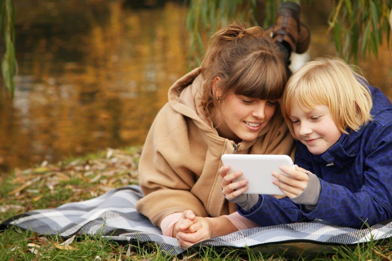 Wie schütze ich mein Kind vor Gefahren im Netz?